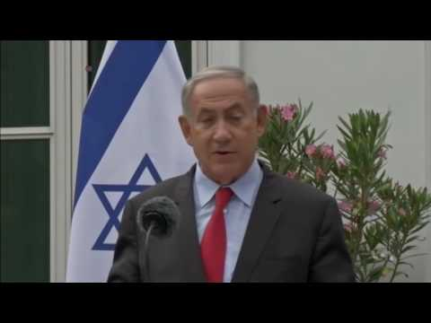 Russia Offers to Host Abbas-Netanyahu Meeting