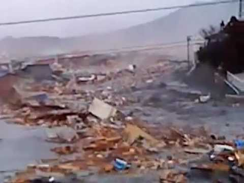 2011 Japan Tsunami: ascending the river in Kesennuma [extended]