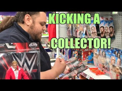 STEALING WWE NETWORK TRIPLE H From a Collector at Toysrus!
