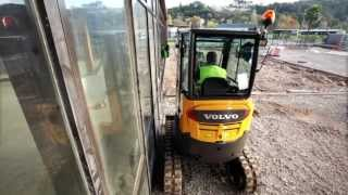 Discover the new Volvo Compact Excavator ECR25D!