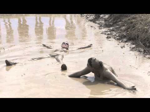 Sexy Women in Mud from YouTube · Duration:  6 minutes 3 seconds