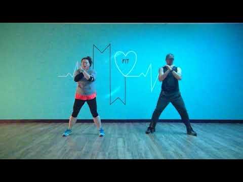 Kelsea Ballerini- XO/mwfitcrew