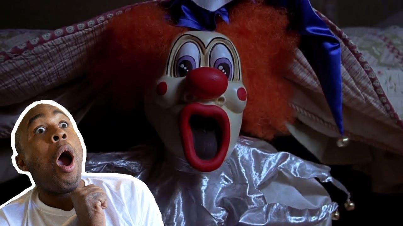 Гифка клоуна из очень страшного кино