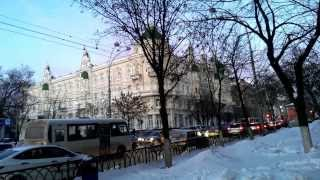 Ростовская мэрия ежедневно видит пробки из своего окна.