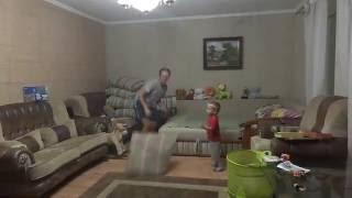 Летучая мышь в доме, ловим привет...