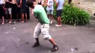 Bez Happy Mondays Dance Moves at Laneways festival Sydney 2011
