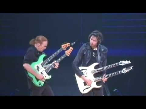 Mr. Big  Paul Gilbert  and Billy Sheehan  solo live budokan 2009