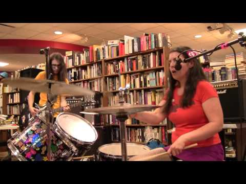 Hot Hands play Record Store Day @ Mojo Books And Music Tampa 4/21/12