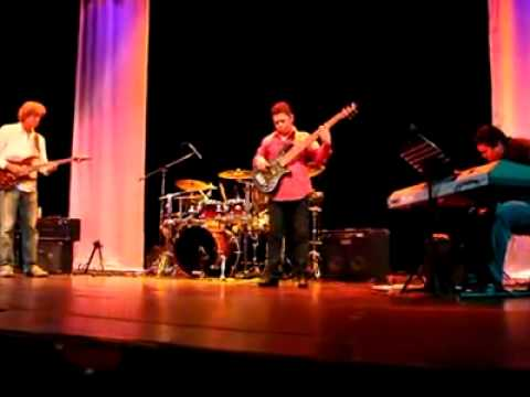 Fusion Jazz Band Tocando...