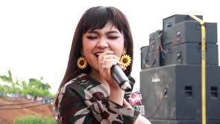 Download lagu Cinta Terlarang Jihan Audy Om LENTERA Live Candi Bandar BATANG MP3