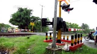 Hujan sirine PJL eror:Terpanjang Kereta api Kertajaya sangat ngebut melaju