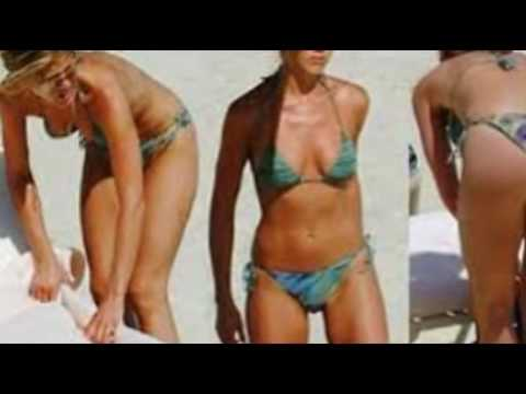 Seems Jennifer aniston nude walking on the beach think, that