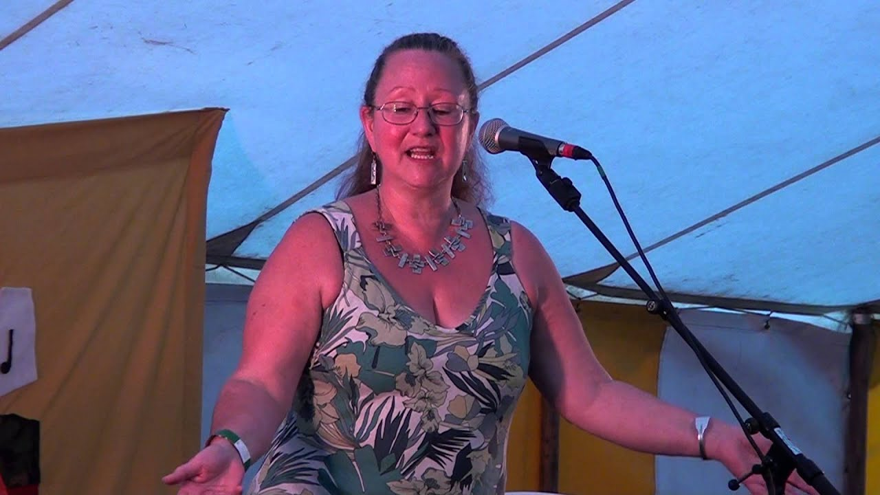 Hilary Ward@Moira Furnace Folk Festival 2013 - YouTube