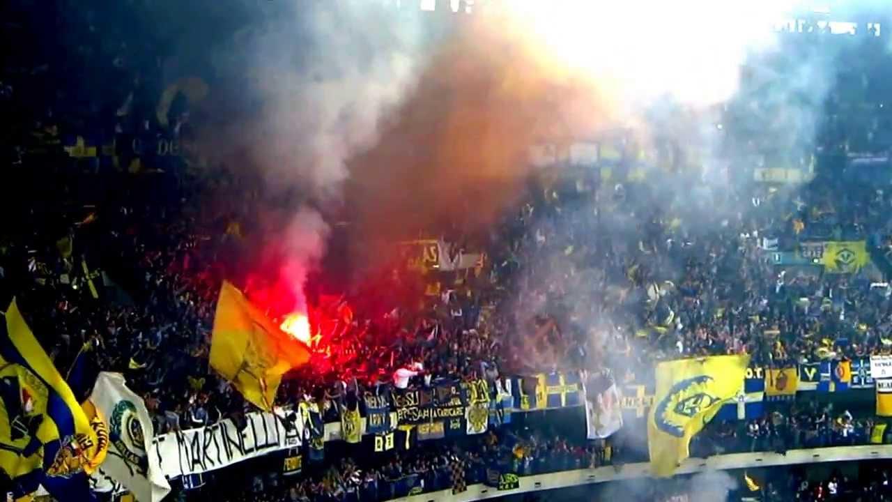 Verona - Empoli, 18/5/13. Ultras Hellas in curva sud ...
