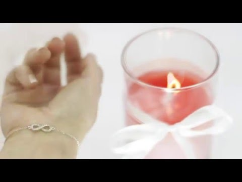 The perfect gift! - Scented Candle with White Bracelet inside!