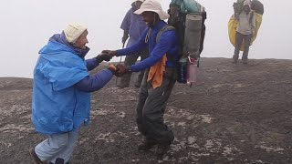 86yo woman conquers Kilimanjaro, dances up the mountain