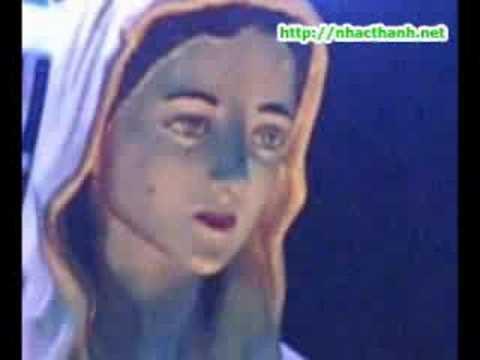 Thánh Tượng Đức Mẹ Vào Ban Dem
