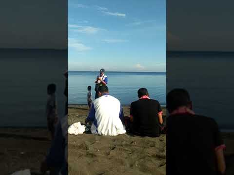 Kebersihan Pantai Menyasar Sampah Plastik Di Pantai Umeanyar-Seririt