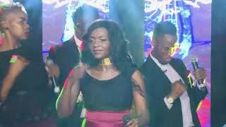 Newie - Mudzimu wa Madembe na Vhutolo (Live) Official Video