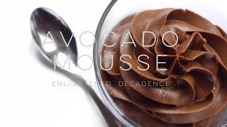 Chocolate Avocado Mousse (vegan) | THE SIMPLE GREEN