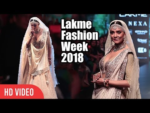 Best Ramp Walk Ever | Susmita Sen | Lakme Fashion Week 2018 | LFW 2018 Day 04
