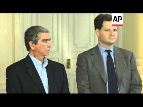 Chief negotiator for Colombian government in peace process holds presser