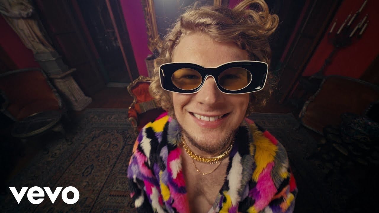 Download Yung Gravy - oops! (Official Video)