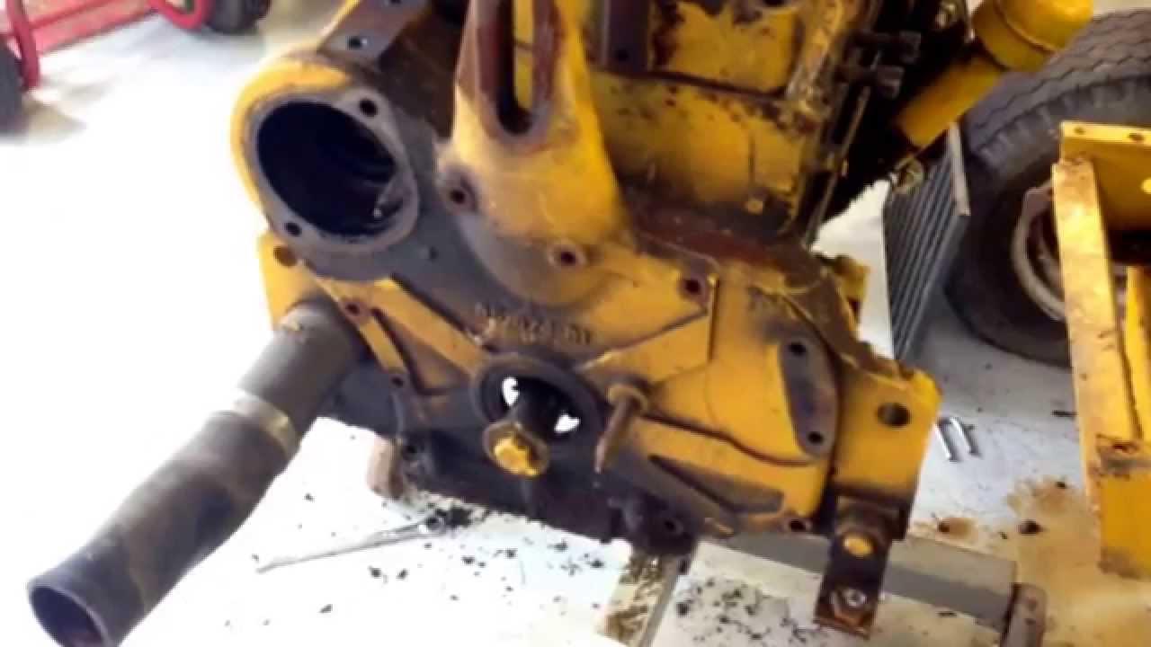 Cub lo-boy 154 engine tear down part 2