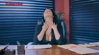 Romi Rain hot office