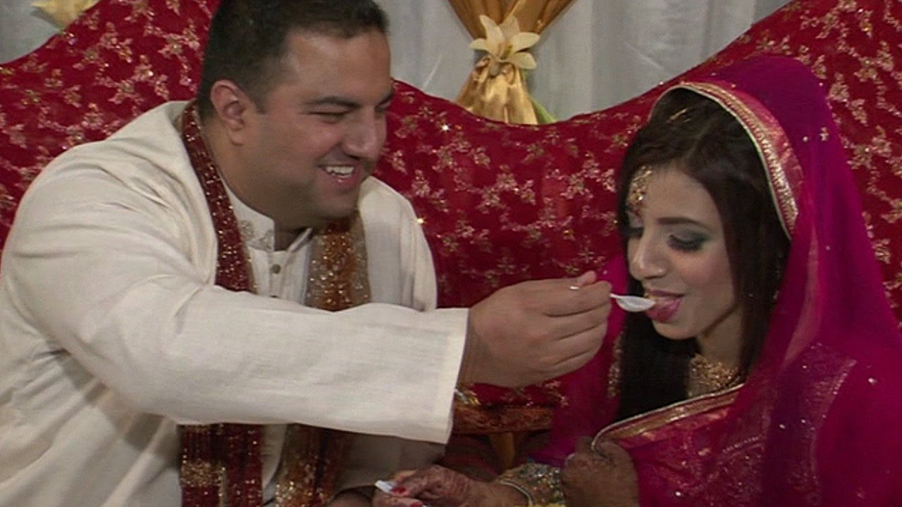Mehndi Ceremony Zara : Mehndi ceremony of zara taymoor youtube