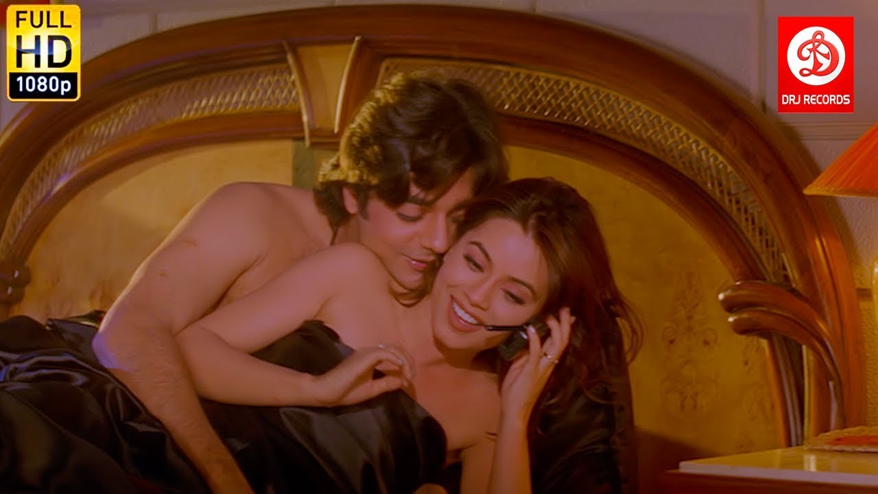 Download Romantic Scenes On Bed - Daag The Fire | Sanjay Dutt, Chandrachur, Mahima Chaudhry | Action Movie