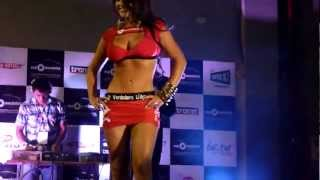 Video Ana Maria Zuluaga desfile Miss Expomecanica 2012 download MP3, 3GP, MP4, WEBM, AVI, FLV Oktober 2018