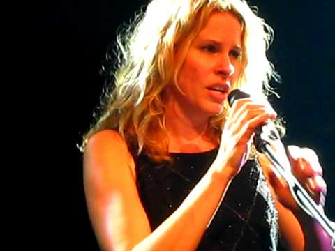 Vonda Shepard - I Only Wanna Be With You - Bucharest 2010