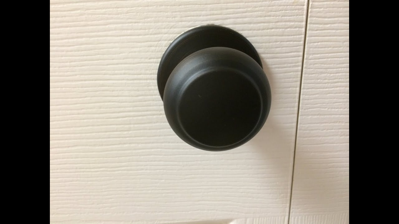 Merveilleux How To Install Dummy Door Knobs On Your Laundry Closets   Before And After    YouTube