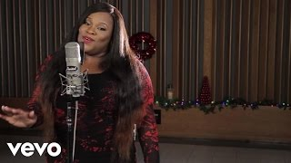 Tasha Cobbs - O Come All Ye Faithful (1 Mic 1 Take)