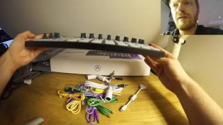 Unboxing Arturia Beatstep Pro, Black Edition, with measurements of the patch cables