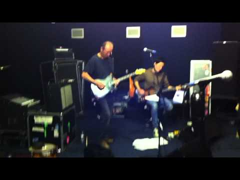 Ash feat. Hugh Cornwell & Russell Lissack - No More Heroes