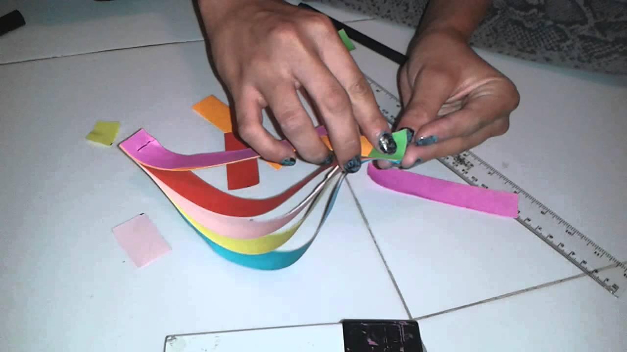 C mo hacer un movil de arcoiris youtube - Como hacer un photocall cumpleanos ...
