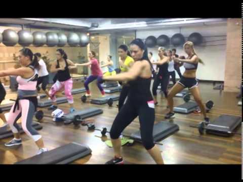 clase de step box platinum fitness 2