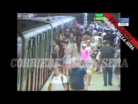 Roma. Donna resta incastrata in metropolitana. Le immagini del Corriere della Sera