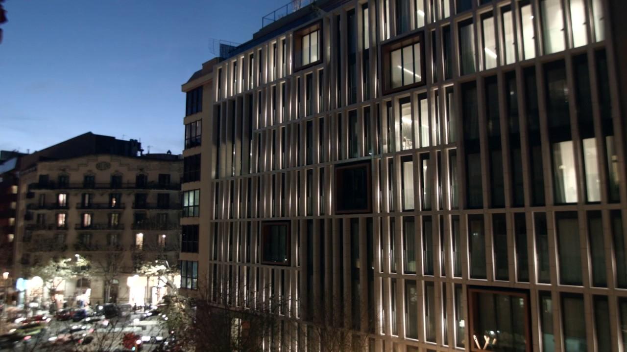Ohla eixample hotel barcelona spain dynamic lighting for Hotel designer