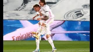 Реал победил Барселону и возглавил таблицу чемпионата Испании по футболу
