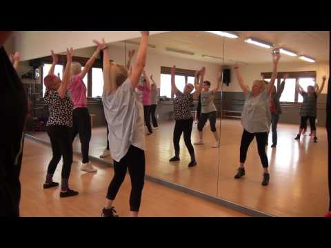 Zumba Gold – warm up 2 – Algo Contigo – Gente De Zona