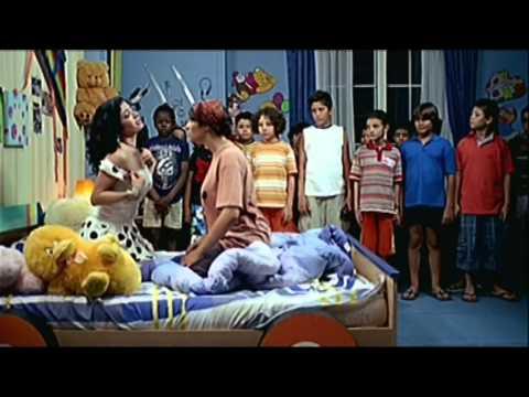 El Dada Dodi Movie | فيلم الدادة دودى - مشهد الراقصة الموزة والأطفال thumbnail