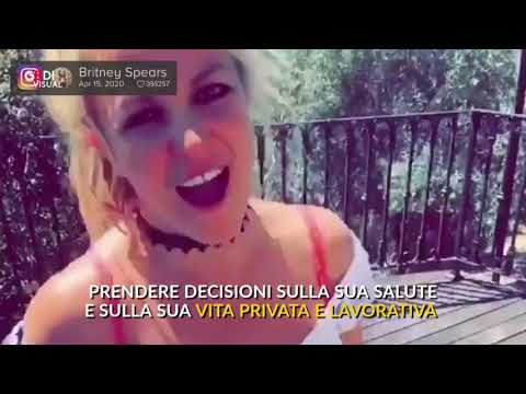 """""""Liberate Britney Spears dal padre"""": anche Chiara Ferragni tra i fan che partecipano all'appello"""