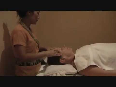 Lao Traditional Aromatherapy Massage   Vientiane, Laos