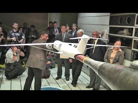 Administrator Bolden and Congressman Honda Visit NASA Ames