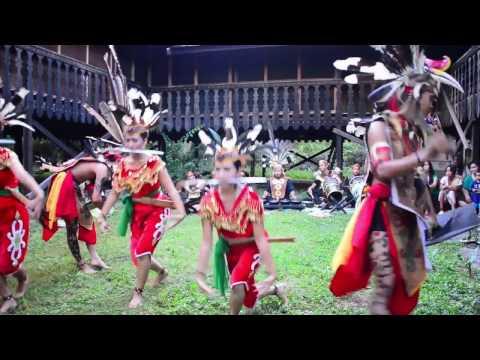 Tari Dayak Ngaju (Kalimantan Tengah)