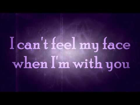 Walk Off The Earth - Can't feel my face ft. Scott Helman (with lyrics)