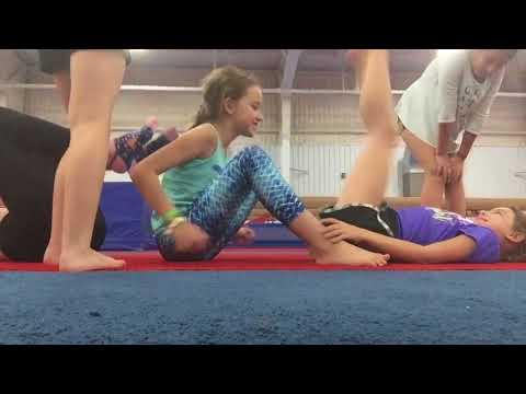 4-person-yoga-challenge